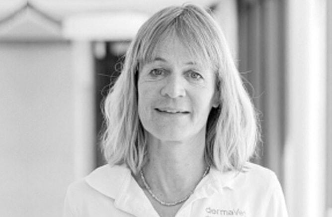Dr. med. vet., Dipl. ECVD Silvia Rüfenacht